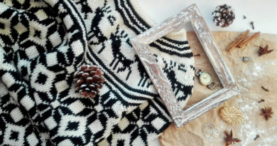 Les astuces pour bien choisir et porter un pull de Noël